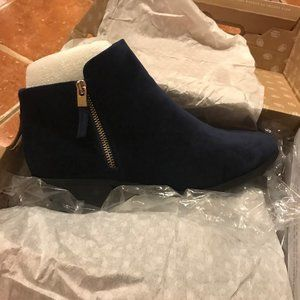 Call it Spring Navy Velvet Ankle Booties